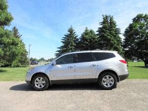 2010 Chevrolet Traverse LT AWD- 8 PASSENGER!!  1 Year Warranty!!