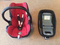 Maxi cosi Cabriofix car seat,family fix base and quinny speedi pram