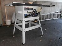 Solid metal Delta 36-390C table saw