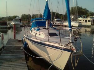 O'Day 35 with transom scoop