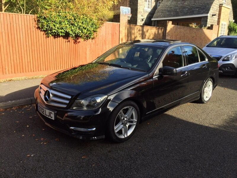 Mercedes c class c200 cdi amg sport panoramic roof 2012 for 2012 mercedes benz c300 tire size