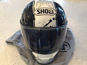 Men's Size Medium Shoei Motorcycle Helmet *Brand New*