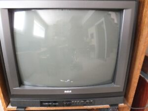 RCA 32 inch TV for sale with  remote