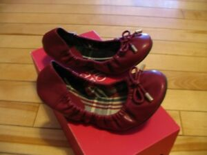 Girls Burgundy Shoes - size 1 youth