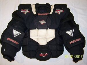 VAUGHN VISION VP5500 XL GOALIE CHEST PROTECTOR