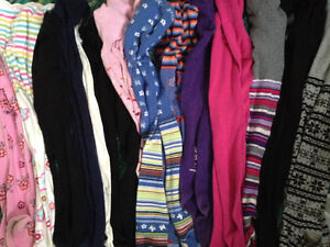 Assorted clothes sz 4-10/12 Windsor Region Ontario image 4