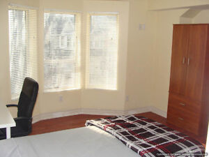 * MINS TO DWNTWN * UTILITIES INCLUDED * FURNISHED RM * AVAILABLE
