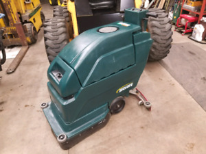 NOBLES SPEED SCRUB 2001 FLOOR SCRUBBER