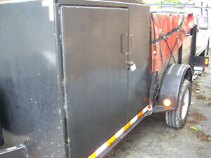 6x12 TRAILER with brakes