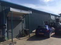 Unit to let in Armley Leeds LS12 2EW - 1200sq ft £180 p/wk