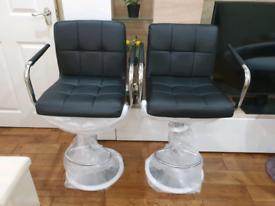 2 x Brandnew Bar/Kitchen Bar stools - Black
