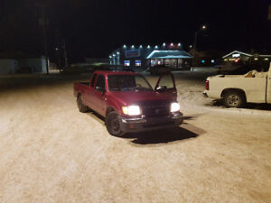 2000 Toyota Tacoma Pickup Truck needs diff