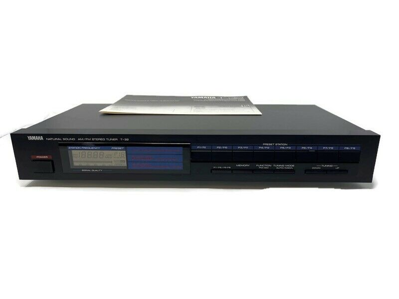Yamaha T-32 AM/FM Stereo Tuner. Natural Sound. Good Condition. Working Condition