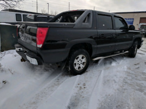 2006 chevy avalanche  5.3L 8 cylinder