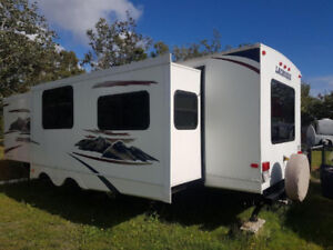 2011 Forest River – Lacrosse model RLS301 - Reduced by $5000!!!