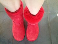 Genuine UGG boots, size 5.5 UK, Almost New!
