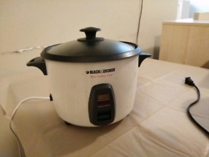 Selling Rice Cooker $15!
