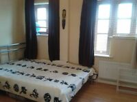 SHMP AGENT OFFER VERY DOUBLE ROOM NEAR WALTHAMSTOW UNDERGROUND STATION E17.
