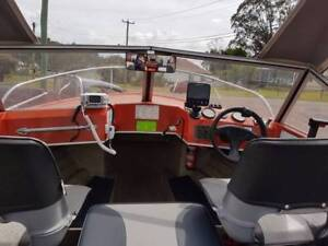 RUNNABOUT FOR SALE 16.4 FT { 5MTR } Wangi Wangi Lake Macquarie Area Preview