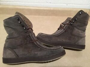 Men's Path Insulated Suede Boots Size 11 London Ontario image 1