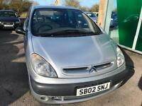 2002 Citroen Xsara Picasso 2.0HDi SX - 2 FKeepers - 6 Service Stamps