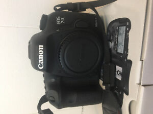 CANON EOS 7D MARK II BODY WITH CANON PRO 24MM-105MM ALMOST NEW