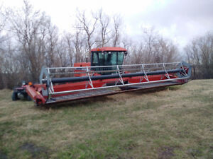 Hesston/Case 30 ft header