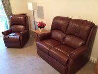 HSL Berwick leather dual recliner/riser
