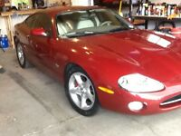 2001 Jaguar Other XK8 Coupe (2 door)
