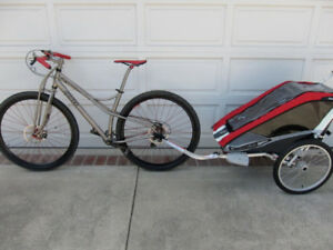 Chariot CX2 with bicycle attachment