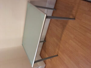 Ikea glass table or desk 40$
