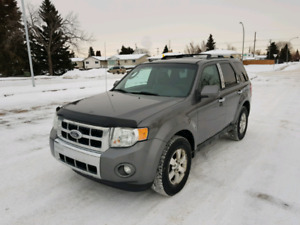 2010 Ford Escape Limited AWD Fully Loaded