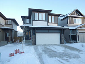 BEAUTIFUL LUXURY HOME IN SECORD!