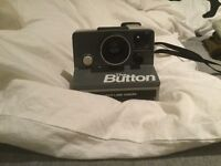 Retro 'The Button' Polaroid land camera