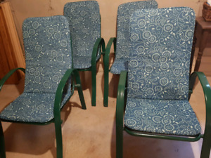 REAL NICE! SET OF FOUR SOLID METAL PATIO CHAIRS