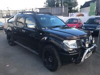 Nissan navara 2.5 DIESEL DRIVES EXCELLENT