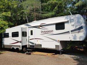 Cottage on Wheels: KZ Durango 325SU Fifth Wheel RV 35 ft