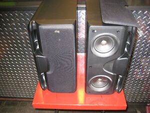 jvc  stereo speakers(2) like new very little use.in black Kingston Kingston Area image 1