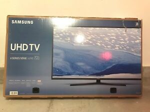 Sealed, Brand New SUMSUNG TV for sale