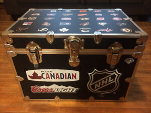 Cooler Trunk - Coffee Table
