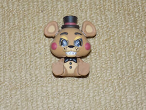 FUNKO, TOY FREDDY, MYSTERY MINIS, FIVE NIGHTS AT FREDDY'S FIGURE