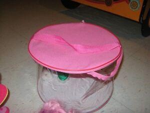 lot de jouets my little ponys plus accessoires Gatineau Ottawa / Gatineau Area image 9