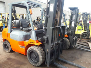 REDUCED PRICE CERTIFIED 6000 LB CAP TOYOTA FORKLIFT W/ LOW HOURS