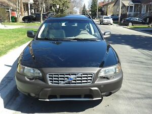 2004 Volvo XC70 awd Familiale cross country