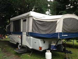 Fleetwood Victory Hardtop Camper