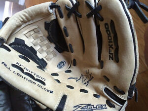 Baseball mitt reduced