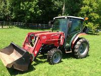 Tracteur Massey Ferguson modèle 1547