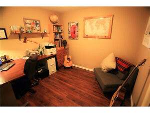 3 bedroom condo in Canmore Sept.1