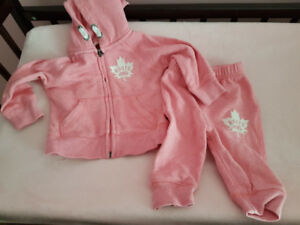Pink roots outfit
