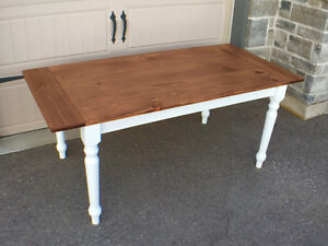 Harvest table $400 obo free delivery